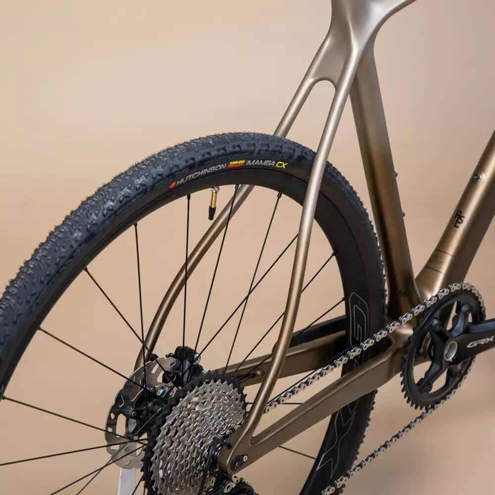 rueda bicicleta gravel