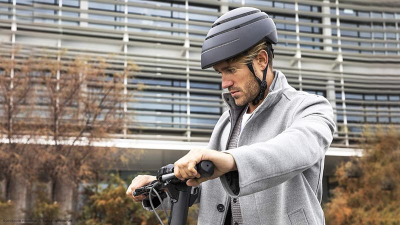 es obligatorio llevar casco en patinete electrico